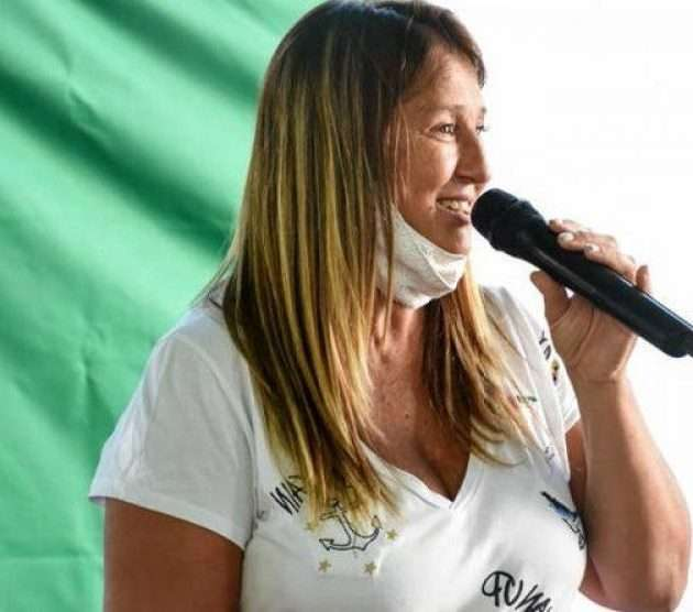 Karina Menéndez encabeza la lista de concejales del FDT de Merlo